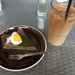 53963362 - カフェオレと抹茶のガトーショコラ