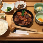 53965343 - 鶏の味噌すき焼き御膳1380円