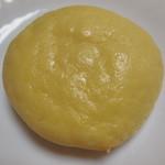 ベーカリー長安 - 夕張メロンパン ¥130+税