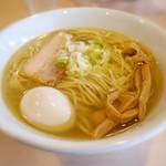 麺堂稲葉Kuki Style - スープは鶏だけを使用した清湯で黄金かつクリア
