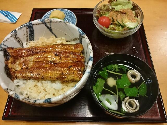 鰻はし本 - ランチうな丼(半身)1620円