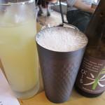 離島キッチン - 淡路島のあわぢビール(ピルスナー)と屋久島無農薬生姜のジンジャーエール