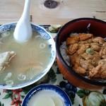 間宮堂 - うに丼とカニ汁