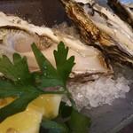 53973684 - H16.7 牡蠣食べ比べ
