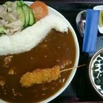 こまつ うどん店 - 料理写真:黒部ダムカレーのセット