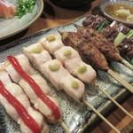 yakitorirobatayakigenki - ささみの梅ソースとわさび・つくね・鶏レバー。