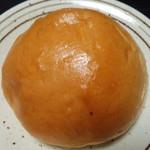 サビエル・カンパーナ - 秋川牧園のクリームパン(180円)