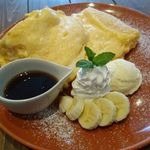 53979520 - ふわふわのリコッタパンケーキ。