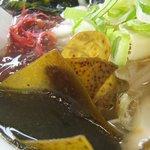 食堂かねこ - 新鮮な海草もたっぷり
