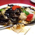 台湾料理 長楽 - 豚肉とキクラゲ炒め¥700-