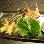 個室居酒屋 吟味 - 揚物       産直野菜と海老の天麩羅