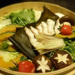 個室居酒屋 吟味 - お鍋       金目鯛と贅沢鮮魚のせいろ蒸鍋-調理後