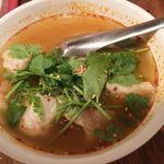 餃子バル 餃子家 龍 - (H28.5)トムヤムクン風スープ餃子