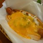 フレッシュネスバーガー - チーズドッグ