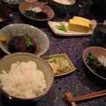 狐兎 - 角煮定食
