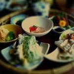 寿司 うまいもの処 伊勢家 - 花かごご飯の御膳。美味しいものちょっとずつ