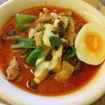 タイカリーピキヌー - パネンカリー(鶏肉と野菜)