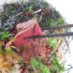 54010543 - ステーキ丼 ※ご飯大盛り小盛り可能