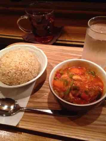 もみの湯 上野店 - 足湯ランチ(季節の野菜カレー、馬力茶)