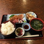 mihashiya - 刺身定食880円
