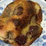 コカブ デリ&ベーカリー - いちごとチョコのパン