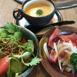 グルメリア但馬 - ★★★★ 神戸高見牛 網焼きランチコース  ローストビーフ・サラダ・コーンスープ