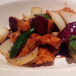 上海湯包小館 - 若鶏と彩り野菜の黒酢炒め