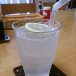 ぶらっさむ - ドリンク写真:生レモンソーダー ¥500