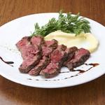 炭焼き&ワイン サンテ - 豊西牛のステーキ