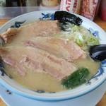 博多屋 - 料理写真:博多とんとろラーメン
