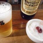 串焼 文福 - とりあえずのビールと梅おろし