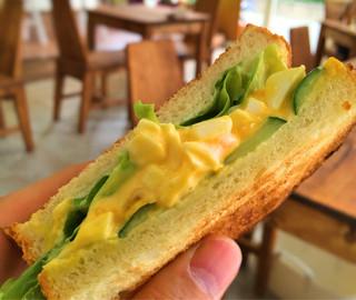 farm+ - サラダタマゴサンドイッチ