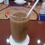 54051520 - アイスコーヒー 薄め