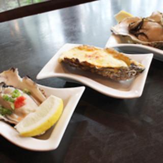 通年食べられる、殻付き生牡蠣