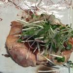和食賛美 あやの - 小ぶりですがやわらかい鶏もも肉でdす。