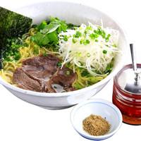 麺工房 武 - 牛塩ネギラーメン(ガラムマサラと自家製ラー油付)
