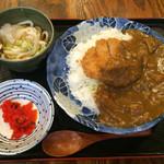 浜焼太郎 - マグロメンチカレー