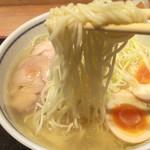 54079374 - しなやかな麺