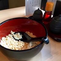 希の華-揚げ玉、醤油、ラー油でお味調整!