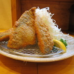 三是食堂 かつどころ - 新鮮アジフライ定食