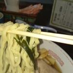 わたりや - ちぢれ太麺