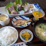 いけすてら崎 - 料理写真:「刺身定食」(2,160円)。お安い1,080円バージョンもございます。