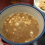 甍 - 濃厚煮干しつけ麺 つけ汁