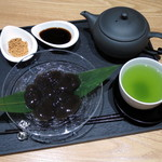 Eirakuya - 出来立てわらび餅≪煎茶付き≫(\1,300)