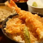 蕎麦・天ぷら 権八 - 小天丼とせいろそばのセット (¥1,200)