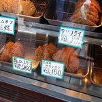ひつじや肉店 - ホットケース③