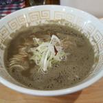 UMAMI SOUP Noodles 虹ソラ - ニボぉ煮干しソバ曇天(2016年7月25日)