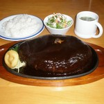 オニオン - ビッグハンバーグ定食 1kg 2300円