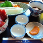 新生 - 鉄火丼+イカ刺し