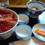 新生 - 海鮮丼